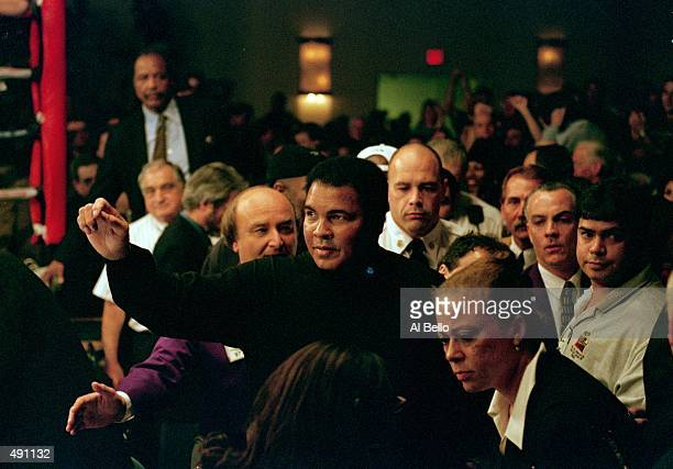 Muhammad Ali watches his daughter Laila Ali in her first fight against April Fowler at the Turning Stone Casino in Verona New York Ali defeated...