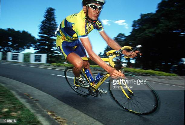 Zbigniew Piatek Mroz of Poland during the 1999 Commonwealth Bank cycle classic at Centennial Park Sydney Australia Mandatory Credit Scott...