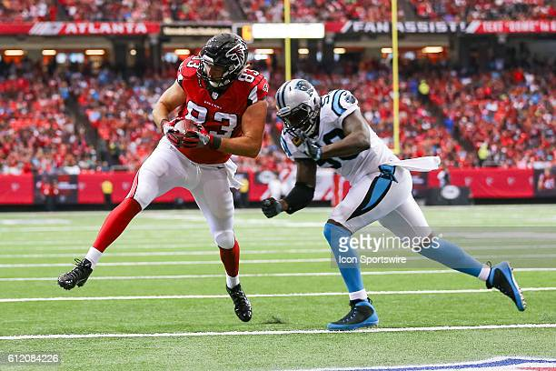 Atlanta Falcons tight end Jacob Tamme in action during the first half of the NFL game between the Carolina Panthers and the Atlanta Falcons. The...