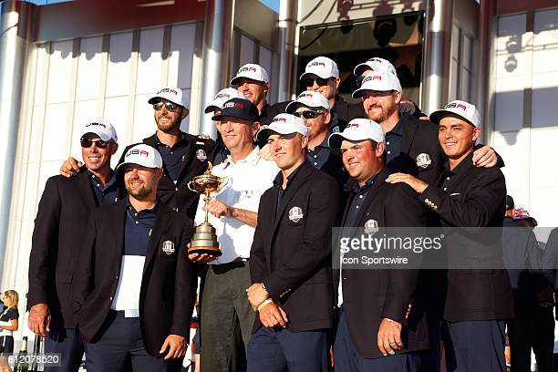 Chaska MN USA Team USA poses for a group photo at the trophy presentation following the Final Round matches for the 2016 Ryder Cup at Hazeltine...