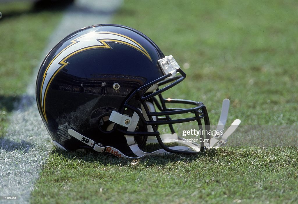 Chargers helmet : News Photo