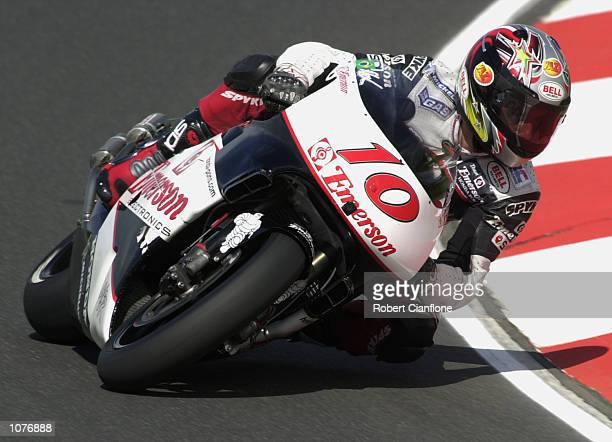 Alex Barros of Brazil and the Emerson Honda Pons race team in actio during final qualifying at the Qantas Australian 500cc Grand Prix Phillip Island...
