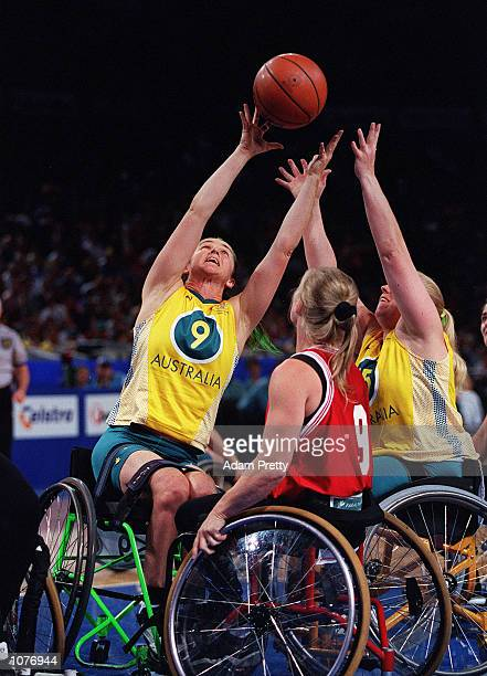 Liesel Tesch of Australia in action during the women's Gold medal basketball match between Australia v Canada at the Sydney 2000 Paralympic Games...