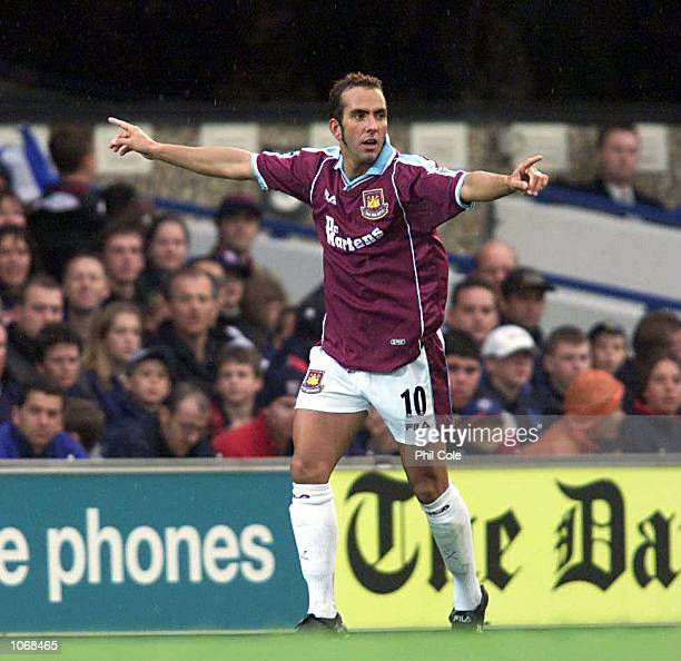 Paolo Di Canio of West Ham United celebrates scoring the equaliser during the FA Carling Premiership match between Ipswich Town and West Ham United...