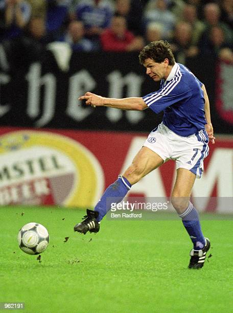 Andreas Moller of FC Schalke 04 scores a goal during the UEFA Champions League Group C match against Arsenal played at the Arena AufSchalke in...