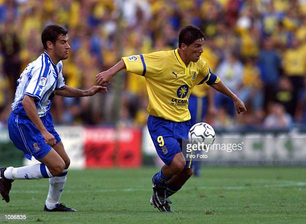 Orlando of Las Palmas and Soldevila of Espanyol in action during the Spanish Primera Liga match between Las Palmas and Espanyol played at the Insular...