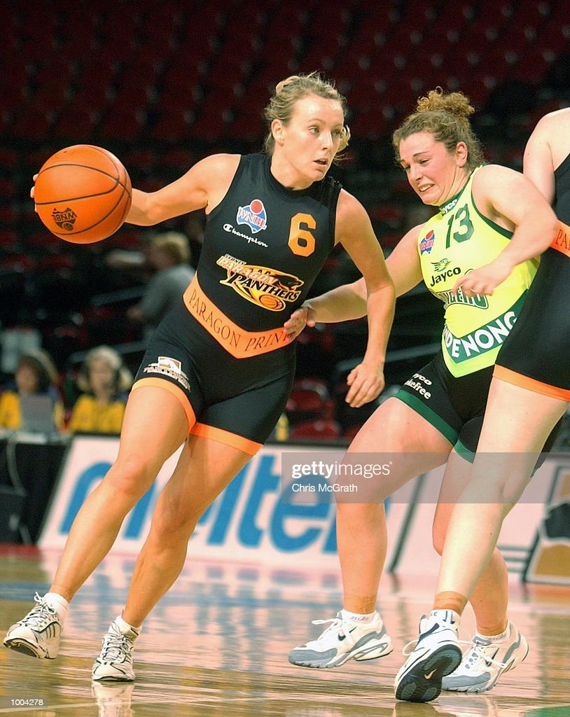 Rebecca Mackinnon #6 of the Panthers in action during the WNBL match between the Sydney Panthers and the Dandenong Rangers held at the Sydney Superdome, Sydney, Australia. DIGITAL IMAGE Mandatory Credit: Chris McGrath/ALLSPORT