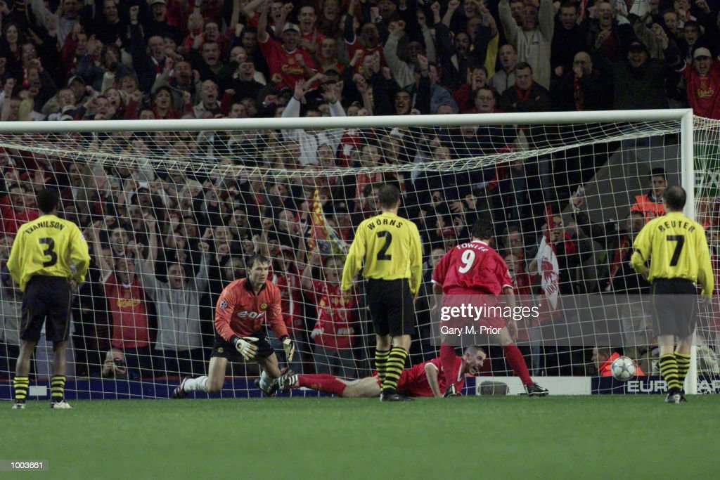 Stephen Wright of Liverpool scores the second goal during the UEFA Champions League match between Liverpool and Borussia Dortmund at Anfield, Liverpool. DIGITAL IMAGE. Mandatory Credit: Gary M. Prior/ALLSPORT