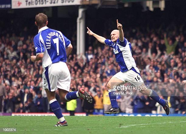 Thomas Gravesen of Everton celebrates scoring their third goal against Aston Villa at Goodison Park, Everton. DIGITAL IMAGE Mandatory Credit: Gary M....