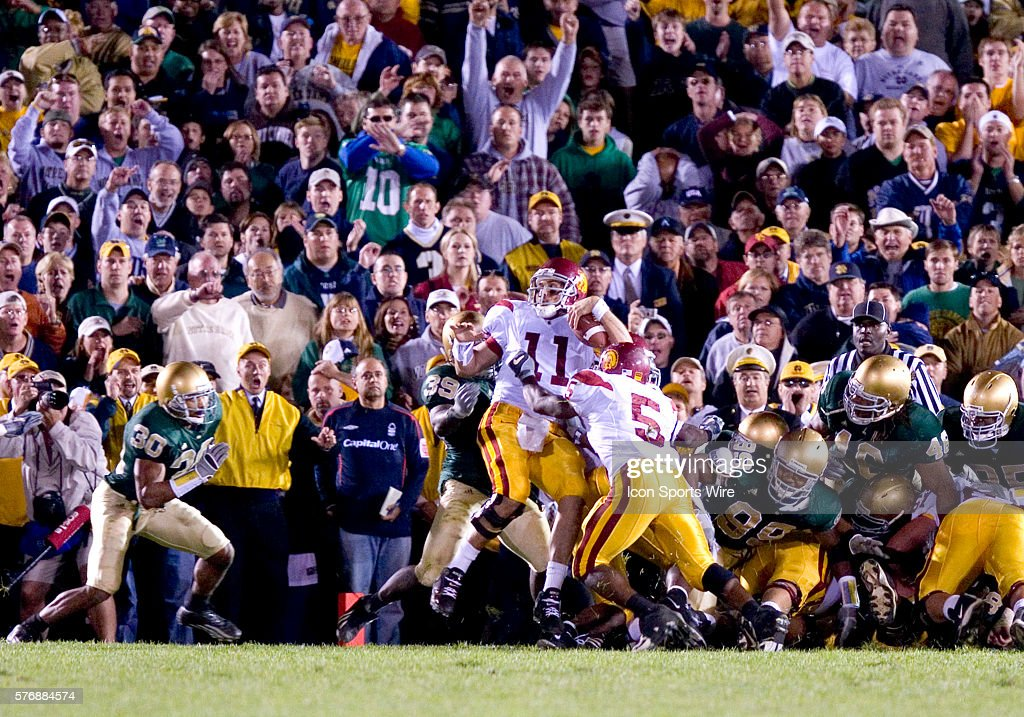 Football - NCAA - Notre Dame vs. USC Pictures | Getty Images