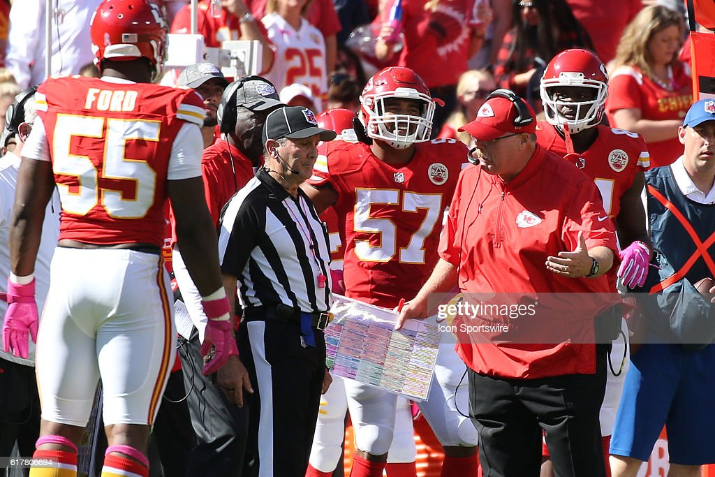 NFL: OCT 23 Saints at Chiefs : News Photo