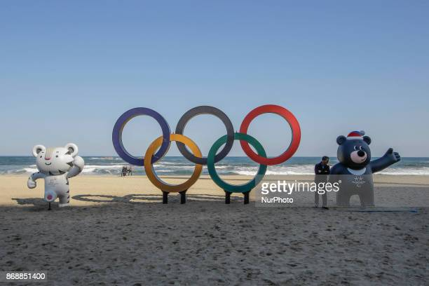 Oct 30 2017Pyeongchang South KoreaThe Olympic Rings being placed at the Gyeongpodae beach near the venue for the Speed Skating Figure Skating and Ice...