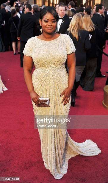 Octavia Spencer arrives at the 84th Annual Academy Awards held at the Hollywood & Highland Center on February 26, 2012 in Hollywood, California.