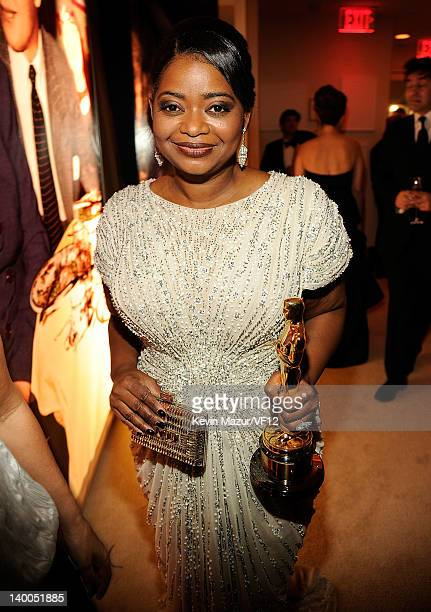 Octavia Spencer attends the 2012 Vanity Fair Oscar Party Hosted By Graydon Carter at Sunset Tower on February 26, 2012 in West Hollywood, California.