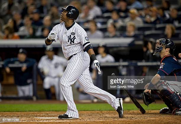 NY Yankees Vs Minnesota Twins Game 3 ALDS Yankees Marcus Thames hits a two run homer in the 4th inning