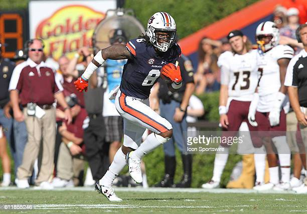 Auburn Tigers wide receiver Tony Stevens races down the sidelines during an NCAA football game between the Auburn Tigers and the LouisianaMonroe...
