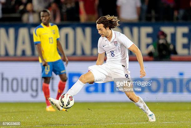 United States' Mix Diskerud thwarts a pass The Men's National Team of the United States and the Men's National Team of Ecuador played to a 11 draw in...