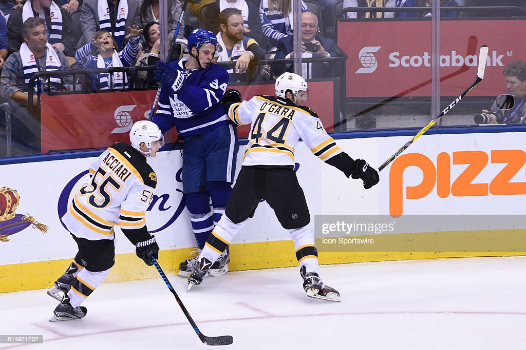 NHL: OCT 15 Bruins at Maple Leafs : News Photo