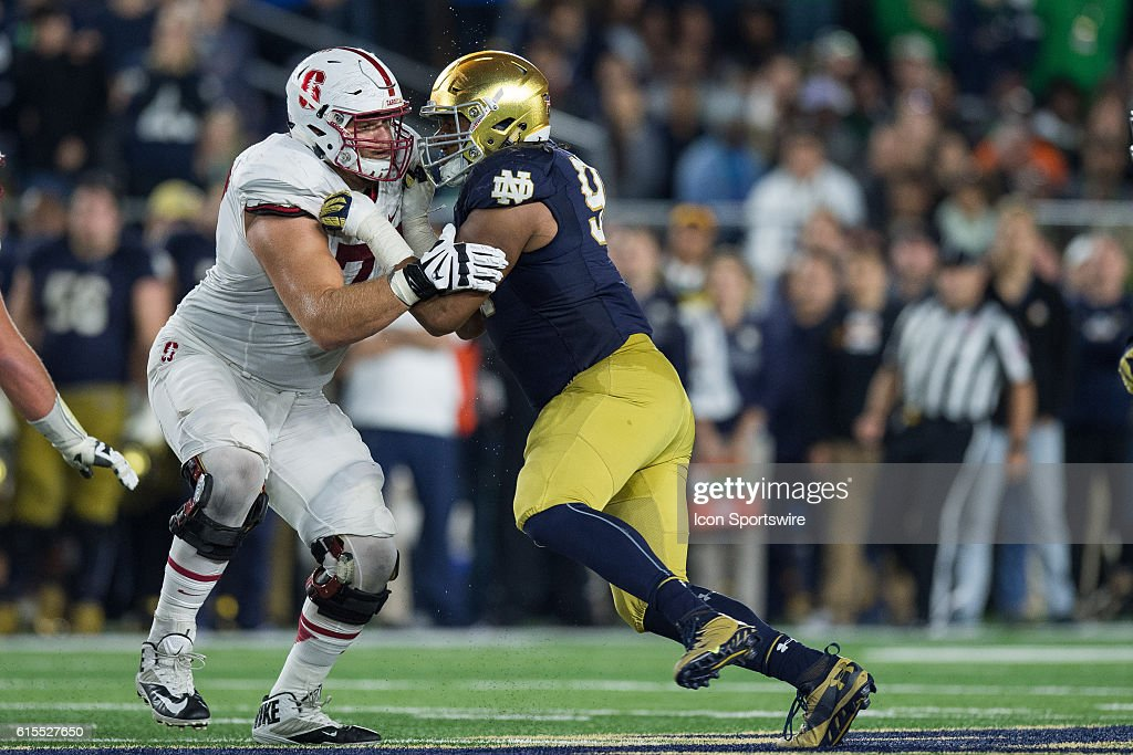 NCAA FOOTBALL: OCT 15 Stanford at Notre Dame : News Photo