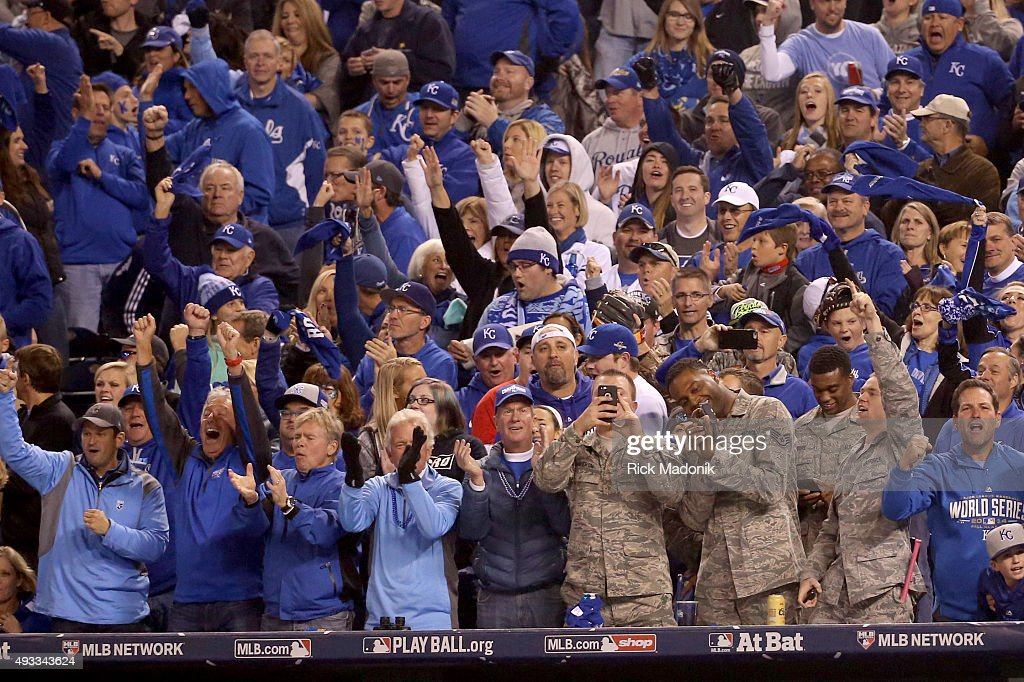 October 16, 2015 - Royals fans enjoy the 8th inning when Kansas City put two more runs across the plate. Toronto Blue Jays V Kansas City Royals in Games 1 of the American League Championship Series in MLB action at Kauffman Field. Jays lose the opener 5-0. Toronto Star/Rick Madonik