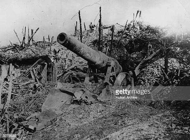 An abandoned German 150 lb gun after the Battle of the Somme