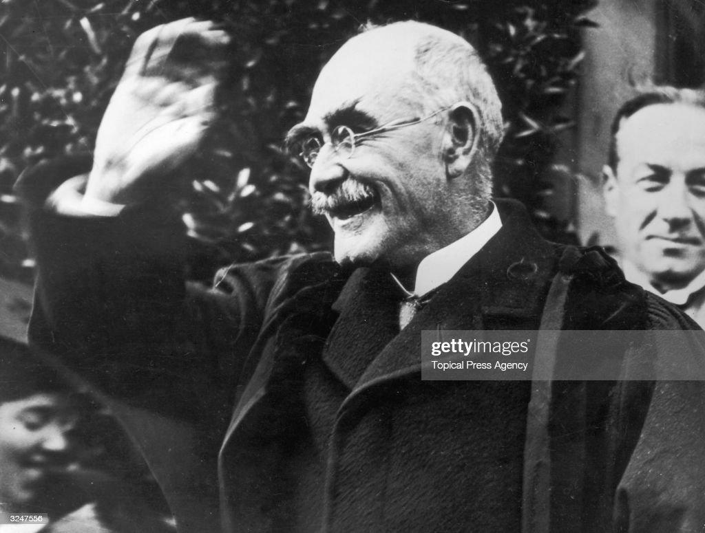 Kipling At College : News Photo