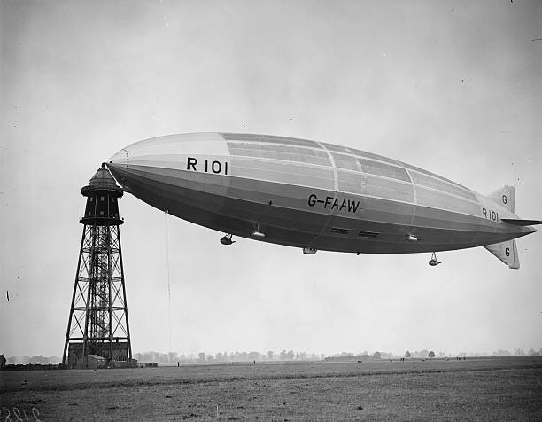 Airship R101 moored to a control tower at Cardington....