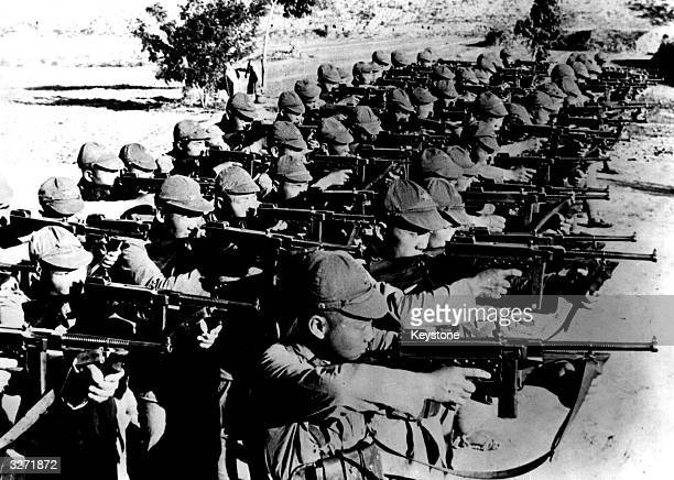 Chinese Communist troops training with American Thompson submachine guns during the SinoJapanese war