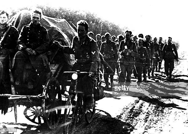 A column of German troops marching on the Russian eastern front