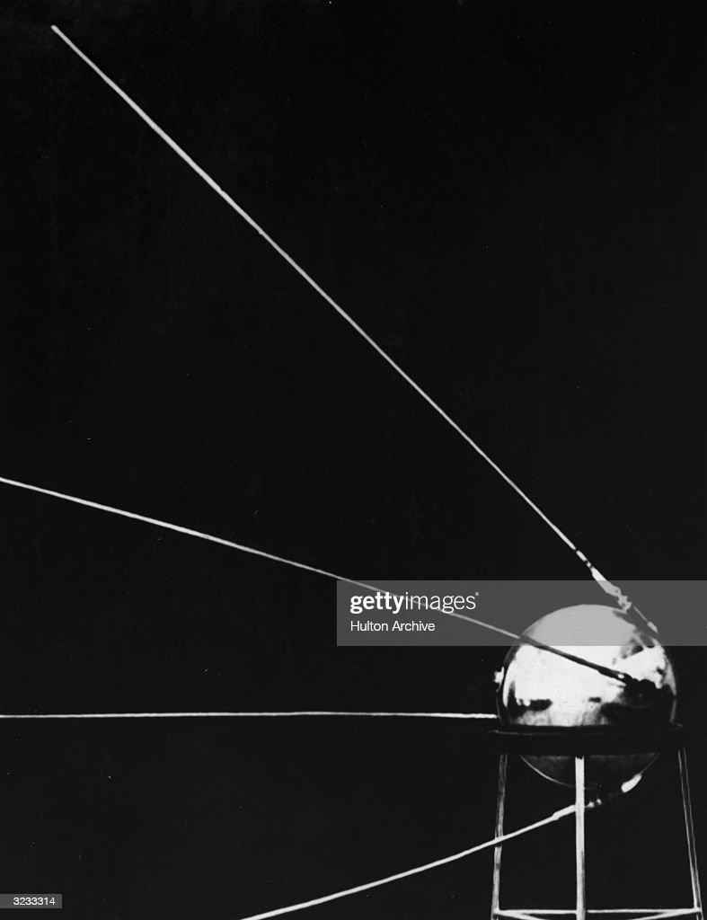 Sputnik I : Nachrichtenfoto