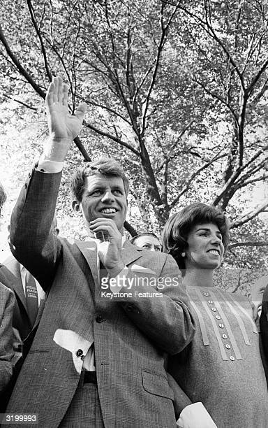 Senatorial candidate for New York Robert Kennedy and his wife Ethel at the GermanAmerican Day parade in New York