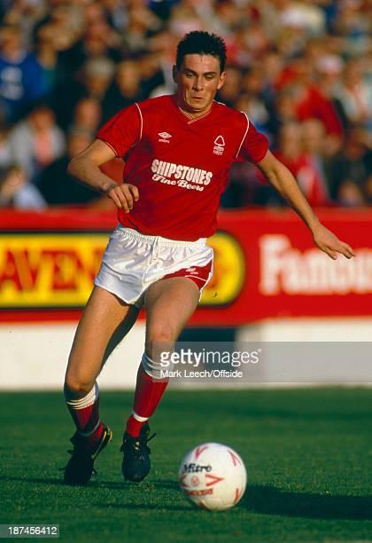 24 October 1987 Football League Division One Nottingham Forest v Tottenham Hotspur Forest defender Steve Chettle
