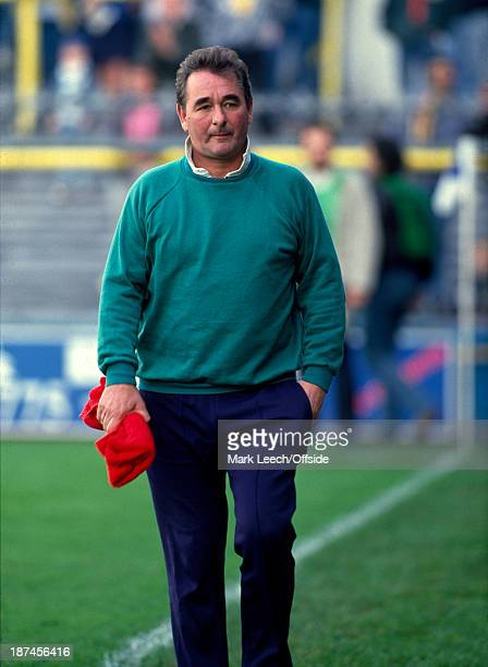 22 October 1989 Football League Division One Millwall v Nottingham Forest Forest manager Brian Clough