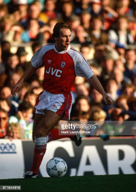 Football League Division One Arsenal v Sunderland Paul Merson of Arsenal