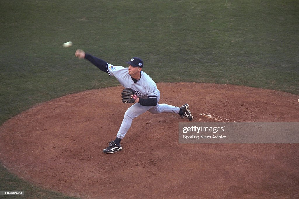20 October 1998: David Cone of the New York Yankees during the Yanks 5-4 victory over the San Diego Padres in game three of the World Series at Qualcomm Stadium in San Diego, CA. : News Photo