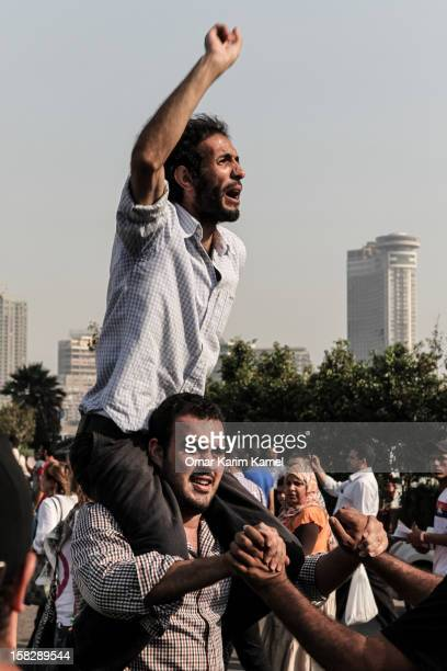 The opposition parties and the revolutionaries went down to protest the monopolization of the constitutional committee by the Islamist currents in...