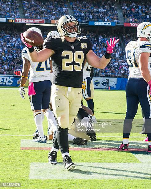October 2 2016 New Orleans Saints Running Back Mark Ingram reacts to the crowd after scoring a rushing touchdown during the NFL Football game between...