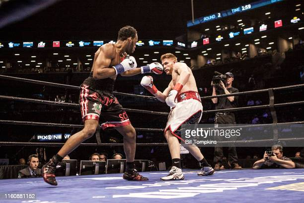 October 2000]: MANDATORY CREDIT Bill Tompkins/Getty Images Earl Newman defeats Dustin Echard by TKO in the 4th round in their Light Heavyweight...