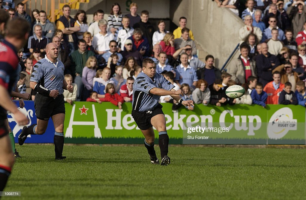 Spencer John of Cardiff in action during the Heineken Cup Match between Cardiff and Glasgow, at The Arms Park, Cardiff. DIGITAL IMAGE. Mandatory Credit: Stu Forster/ALLSPORT