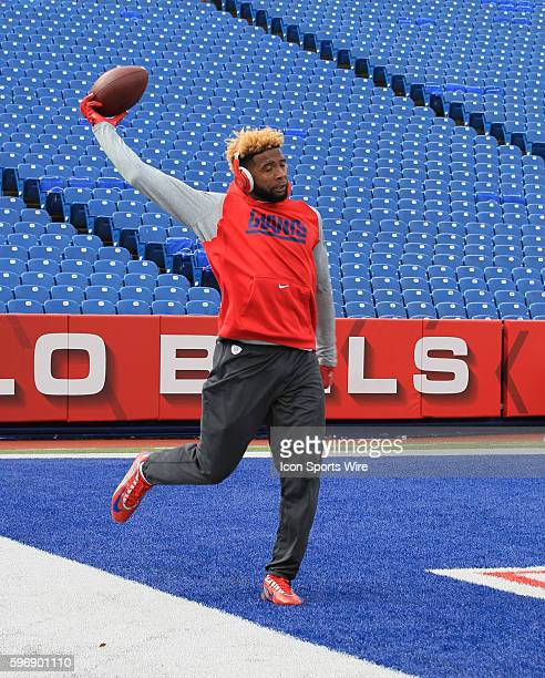 New York Giants wide receiver Odell Beckham warms up prior to the start of the NFL game between the New York Giants and Buffalo Bills at Ralph Wilson...