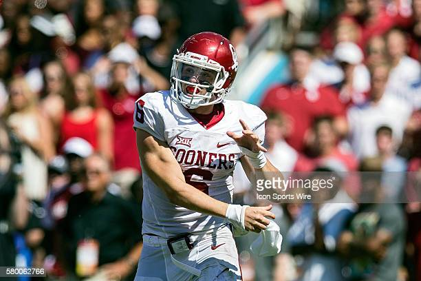 Oklahoma Sooners quarterback Baker Mayfield rushes the ball during the Oklahoma Sooners versus the Texas Longhorns in the Red River Rivalry at the...