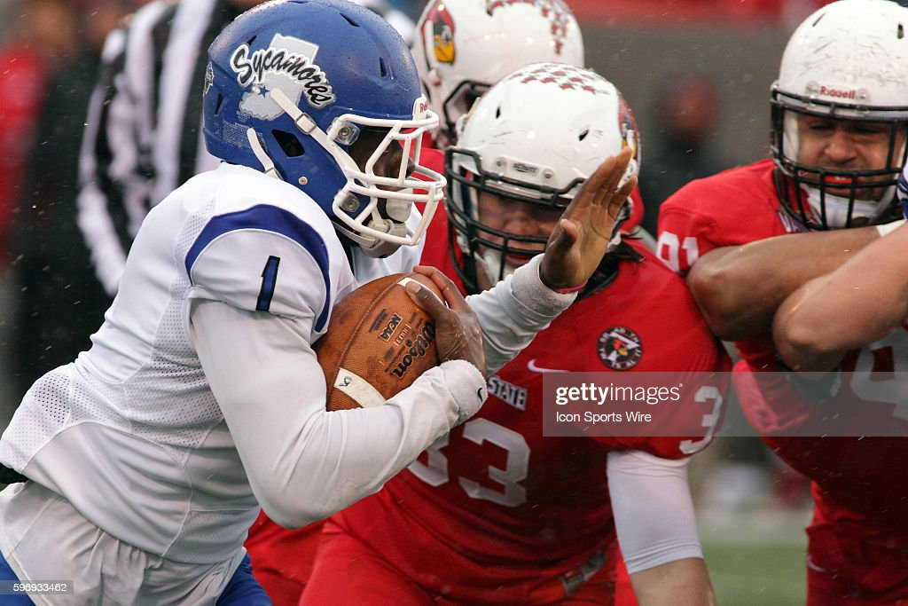 NCAA FOOTBALL: OCT 31 Indiana State at Illinois State : News Photo