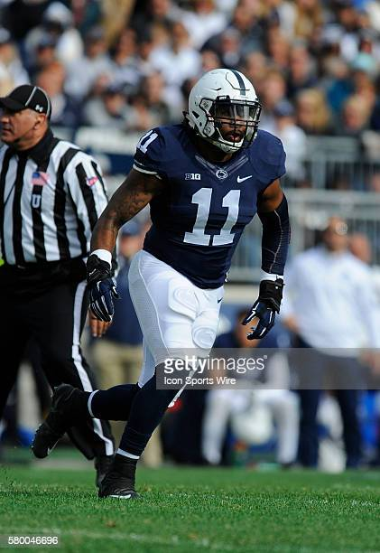 Penn State LB Brandon Bell reads the play The Penn State Nittany Lions defeated the Illinois Fighting Illini 390 at Beaver Stadium in State College PA