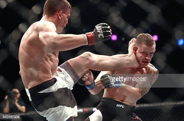 24 October 2015 Scott Askham left in action against Krzysztof Jotko UFC Fight Night 3Arena Dublin Picture credit Stephen McCarthy / SPORTSFILE