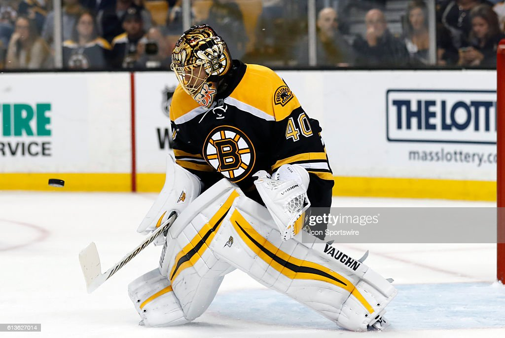 NHL: OCT 08 Preseason - Flyers at Bruins : News Photo