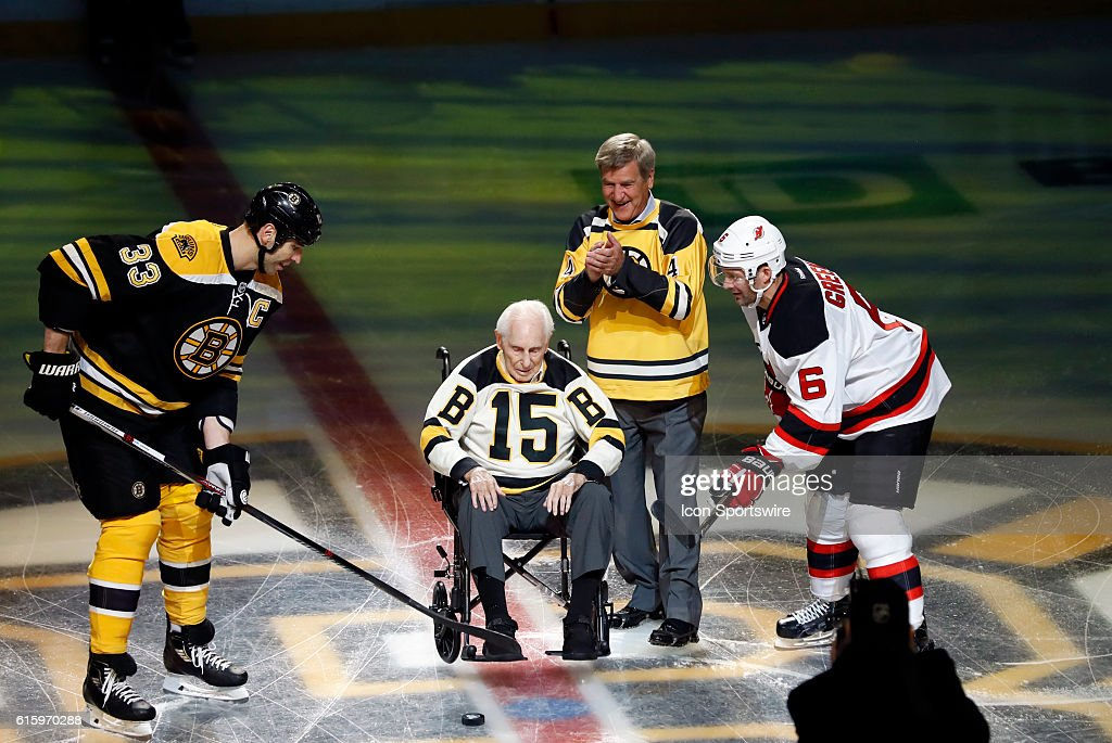 NHL: OCT 20 Devils at Bruins : News Photo