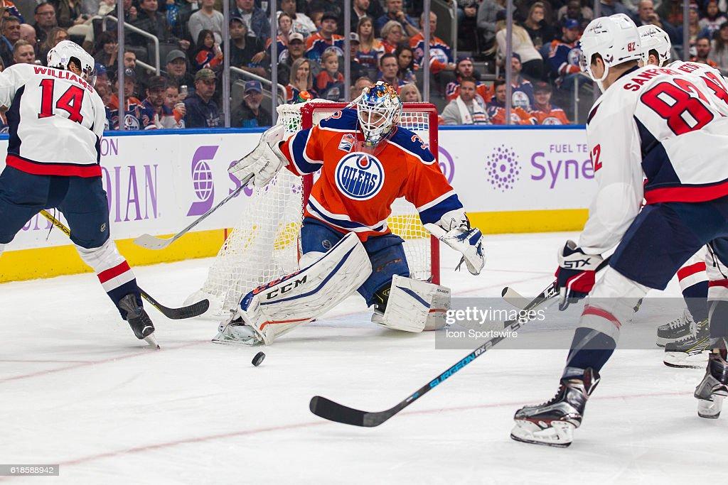NHL: OCT 26 Capitals at Oilers : News Photo