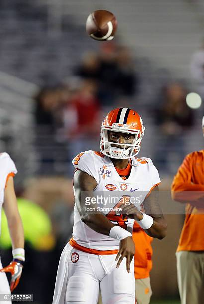 Clemson Tigers quarterback Deshaun Watson watches the receiver as the ball is in the air The Clemson Tigers defeated the Boston College Eagles 5610...