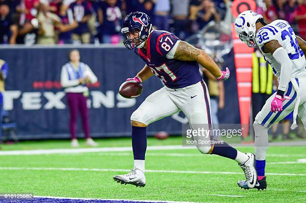 Houston Texans Tight End CJ Fiedorowicz scores a late second half touchdown that sent the game into overtime during the NFL game between the...