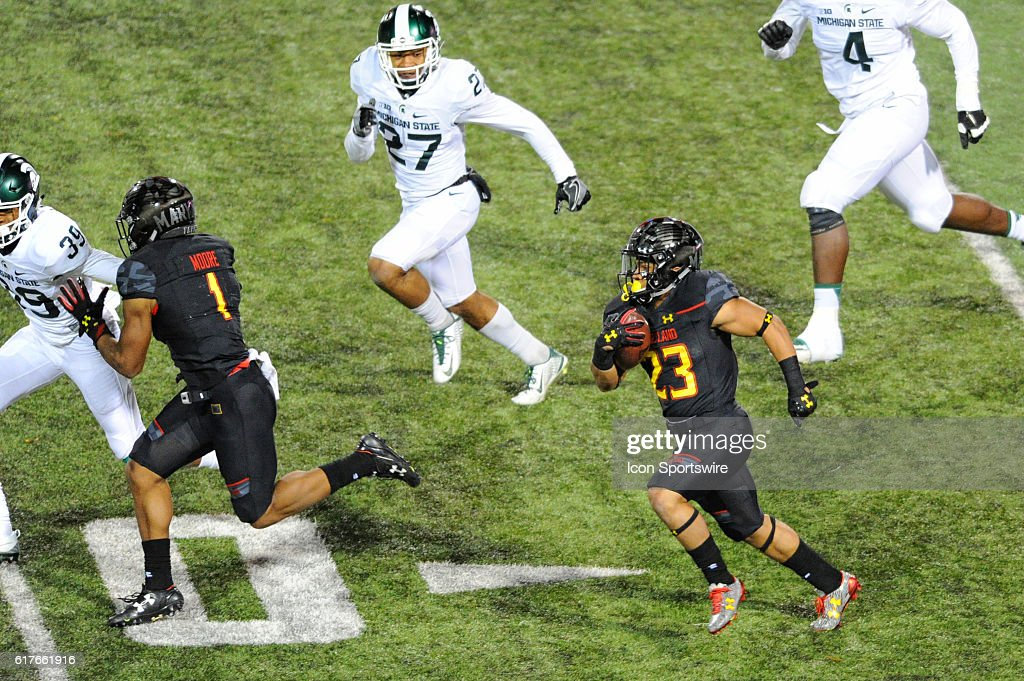 NCAA FOOTBALL: OCT 22 Michigan State at Maryland : News Photo